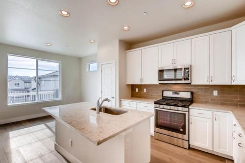 Kitchen-in-The Promenade-at-Connections-in-Westminster