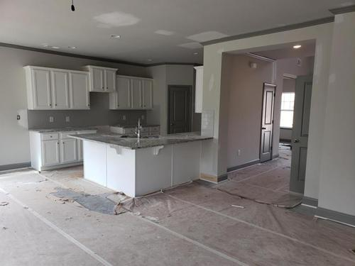Kitchen-in-The Shelly-at-Camden Lake-in-Villa Rica