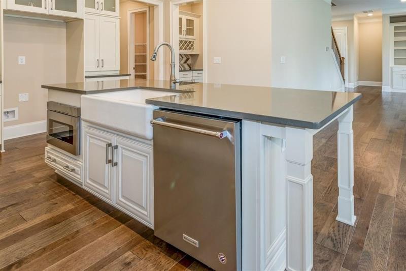 Kitchen-in-The Edmonton-at-Wescott-in-Suwanee