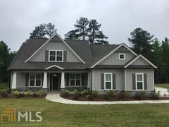 262 Blue Point Pkwy (The Lakeshore)