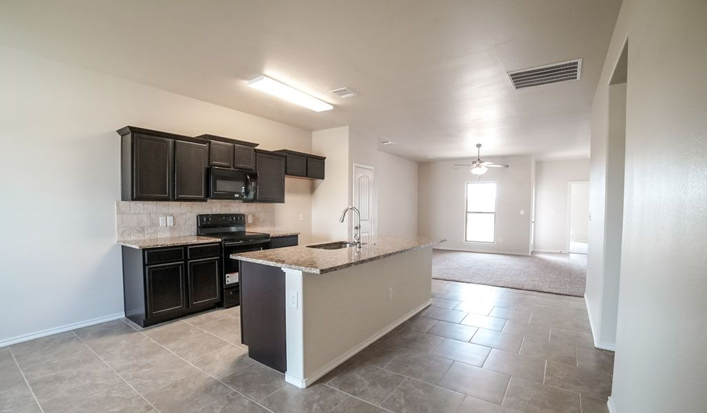 Kitchen-in-Rosemary-at-Tradewind Square-in-Amarillo