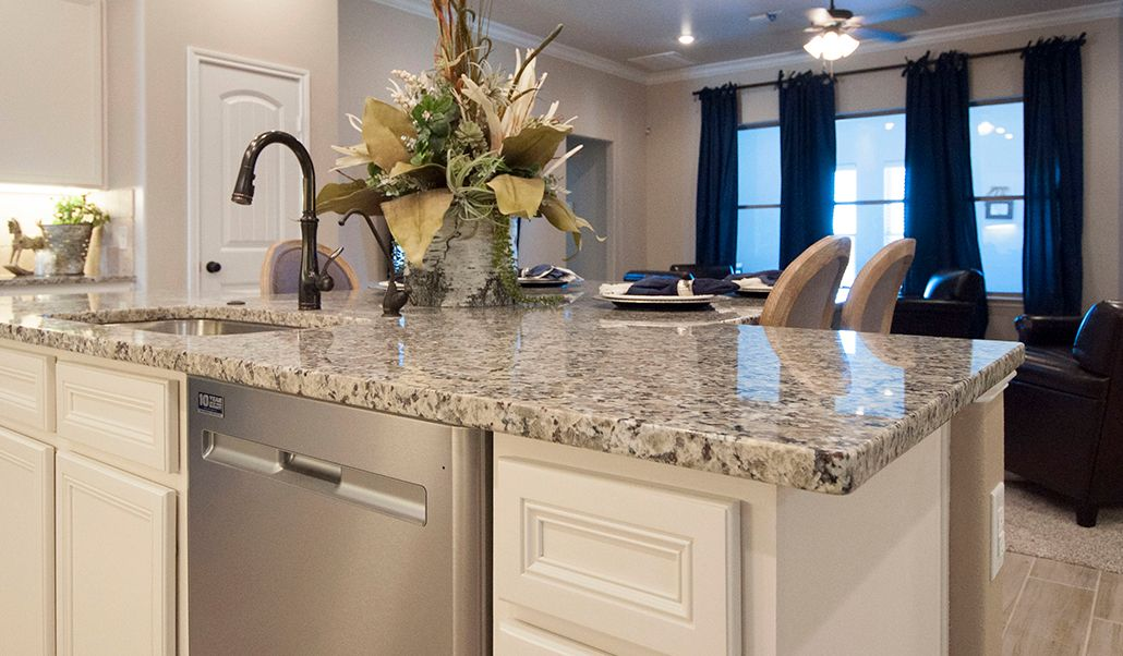 Wet-Bar-in-Tera-at-Heritage Hills-in-Amarillo