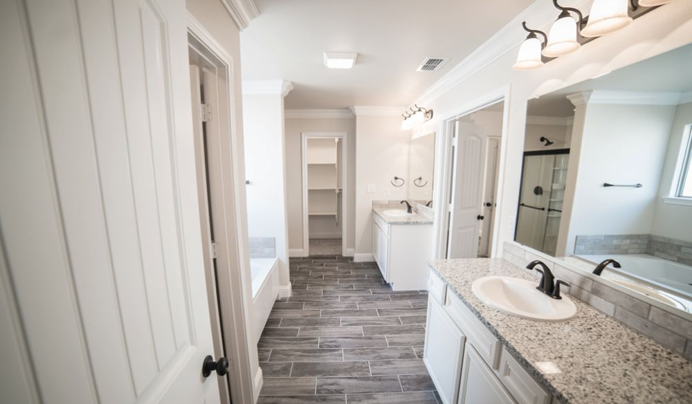 Oversized closets and master bath