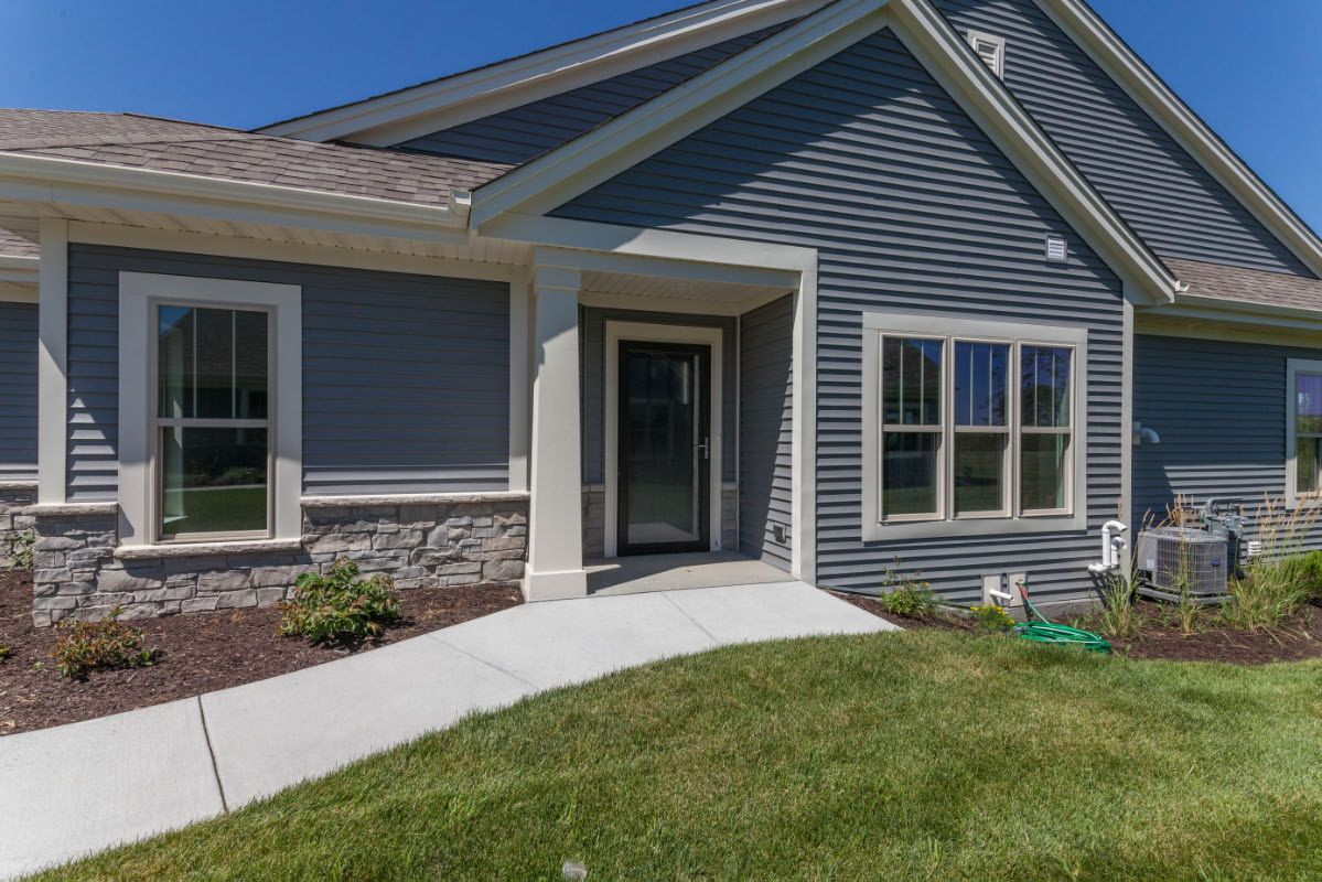 Exterior featured in The Adalyn, Plan 1506 By Bielinski Homes, Inc. in Milwaukee-Waukesha, WI