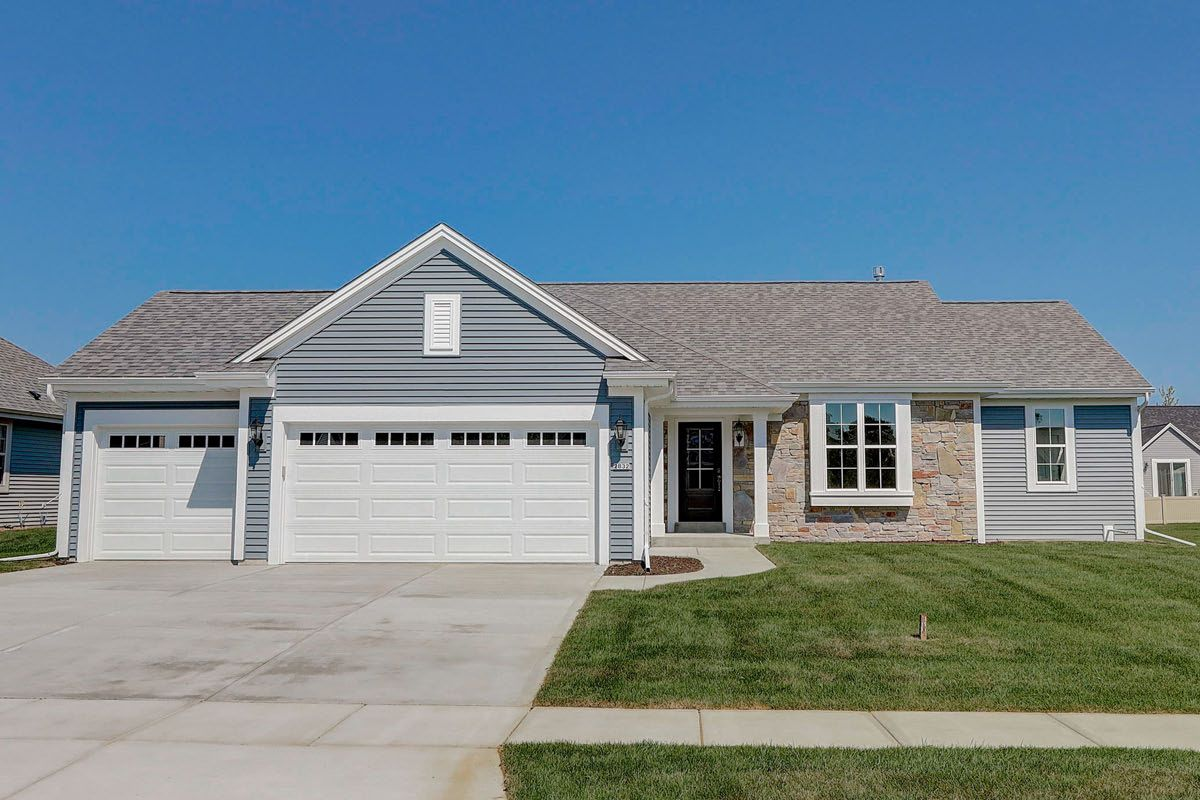 Exterior featured in The Rylee, Plan 1616 By Bielinski Homes, Inc. in Racine, WI