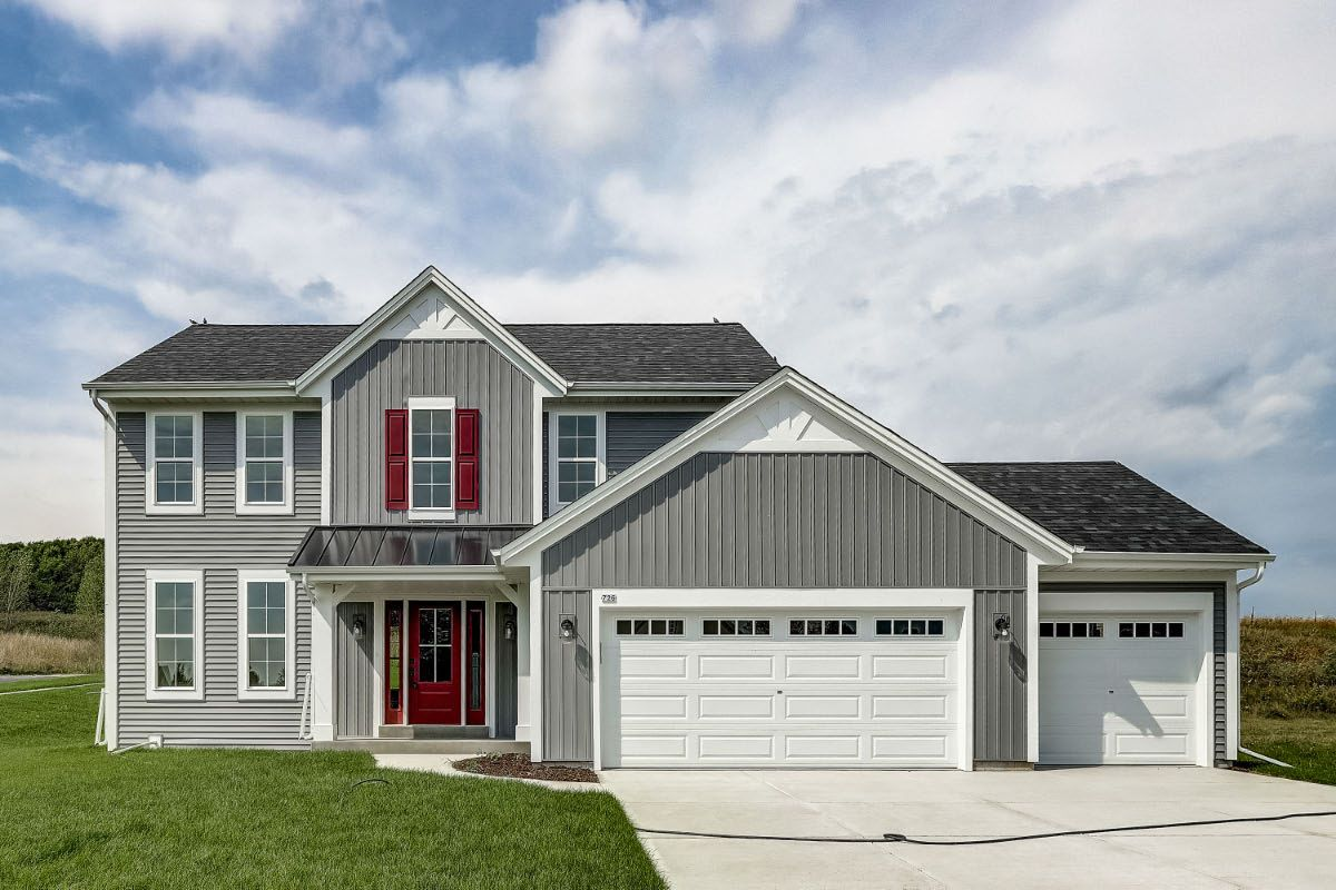 Exterior featured in The Elise, Plan 2025 By Bielinski Homes, Inc. in Milwaukee-Waukesha, WI