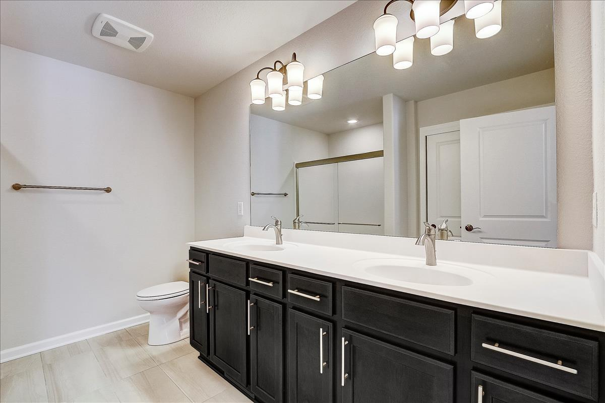 Bathroom featured in The Margo, Plan 1400 By Bielinski Homes, Inc. in Milwaukee-Waukesha, WI