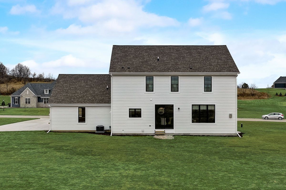 Exterior featured in The Arielle, Plan 2500 By Bielinski Homes, Inc. in Washington-Fond du Lac, WI