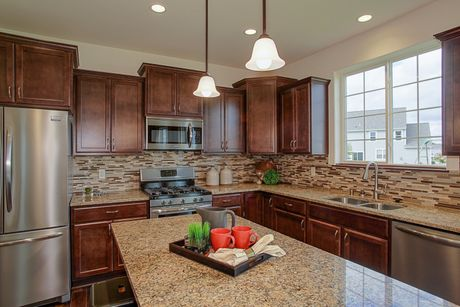Kitchen-in-The Hallmark, Plan 2350-at-Fairwinds-in-Mukwonago