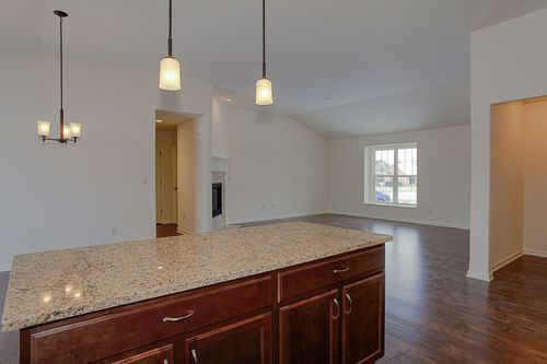 Kitchen-in-The Ross, Plan 1623-at-Lake Bluff-in-East Troy