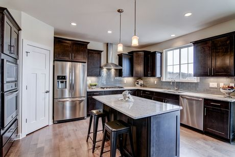 Kitchen-in-The Franklin, Plan 2514-at-Rolling Oaks-in-Waukesha