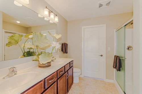Bathroom-in-The Independence, Plan 1665-at-Hunter Oaks-in-Watertown