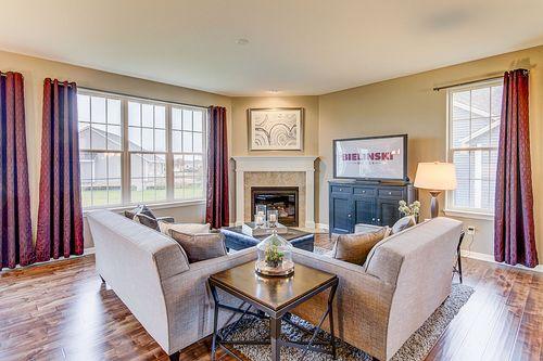 Greatroom-in-The Hallmark, Plan 2050-at-Hunter Oaks-in-Watertown