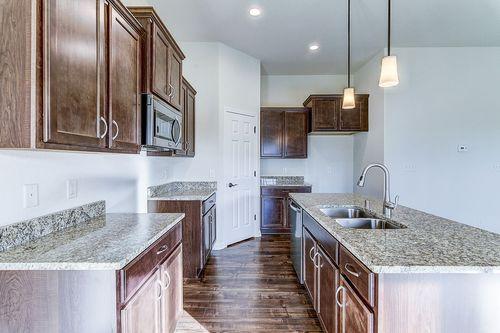 Kitchen-in-The Lauren, Plan 1432-at-Hunter Oaks-in-Watertown