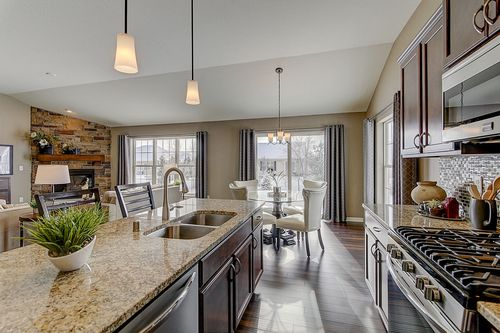 Greatroom-and-Dining-in-The Lauren, Plan 1640-at-Hunter Oaks-in-Watertown