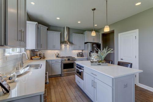 Kitchen-in-The Hallmark, Plan 2524-at-Prairie Glen-in-Germantown