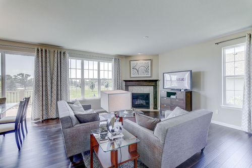 Greatroom-in-The Hallmark, Plan 2204-at-Hunter Oaks-in-Watertown