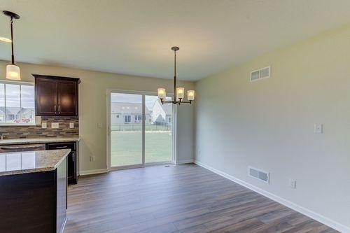 Empty-in-The Kaitlyn, Plan 2000-at-Hunter Oaks-in-Watertown