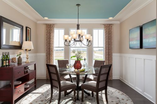 Dining-in-The Tracy-at-The Ponds at Bayberry South-in-Middletown