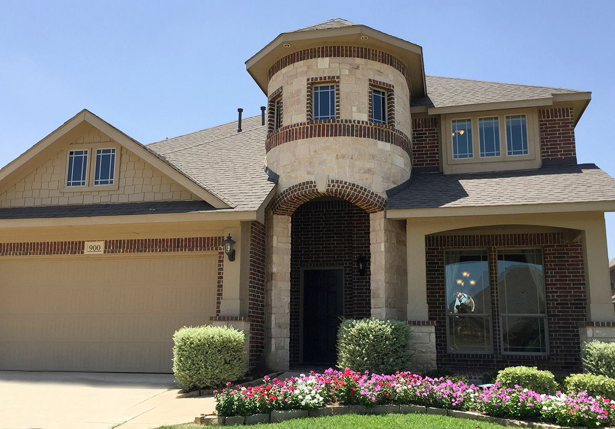 Plantation oak valley in burleson tx by bloomfield homes for Plantation home builders
