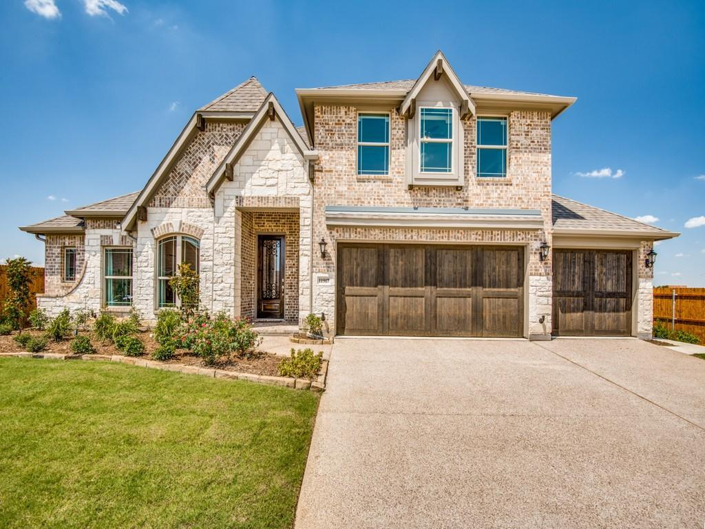 'Hutson Oaks' by Bloomfield Homes  in Fort Worth
