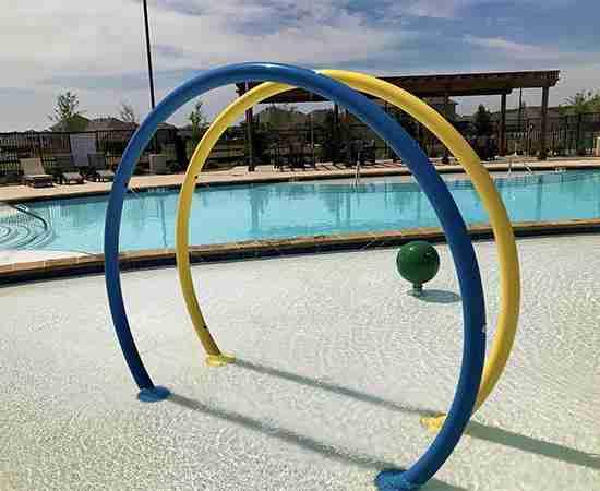 Country Lakes Splash Pool