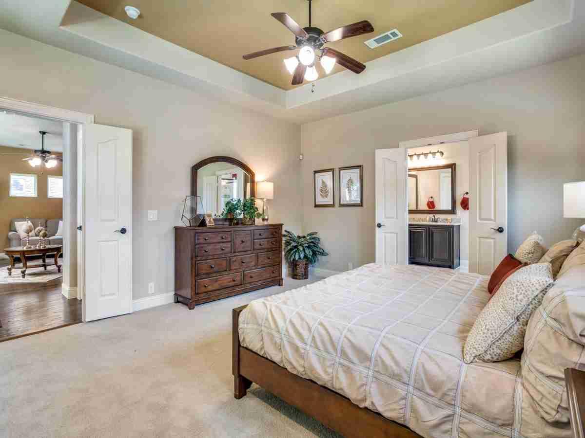 2226 Bedroom