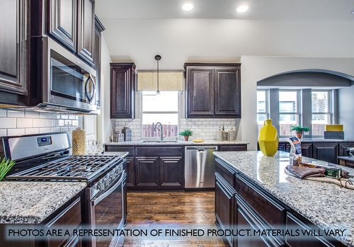 Kitchen-in-Cypress-at-Country Lakes-in-Argyle