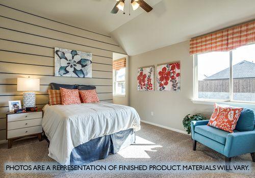 Bedroom-in-Dewberry II-at-Ridge Ranch-in-Mesquite