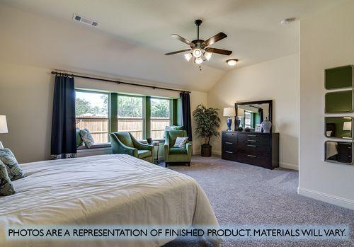 Bedroom-in-Hawthorne-at-Garden Valley-in-Waxahachie