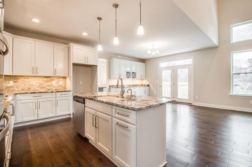 Kitchen-in-Petoskey-at-Ashton Park-in-Commerce Township