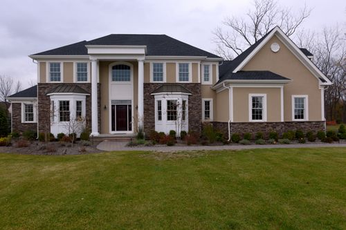 The Estates at Waverly Place by Staats Farm Road Developers in Somerset County New Jersey
