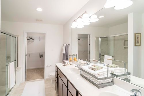 Bathroom-in-Clayton Attached-at-Villas at River Crossing-in-Washington