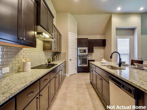 Kitchen-in-2330-at-Siena-in-Round Rock