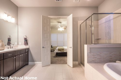 Bathroom-in-3899-at-Siena-in-Round Rock