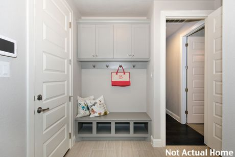 Mud-Room-in-3490-at-The Enclave at Covered Bridge-in-Austin