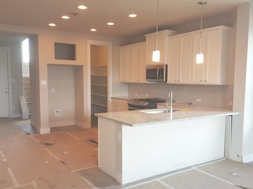Kitchen-in-2070-at-Edgewater-in-Cedar Park