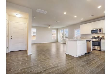 Kitchen-in-1815* DB-at-Deerbrooke-in-Leander