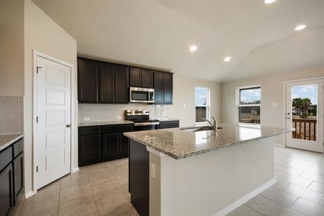 Kitchen-in-1813-at-Lago Vista-in-Lago Vista