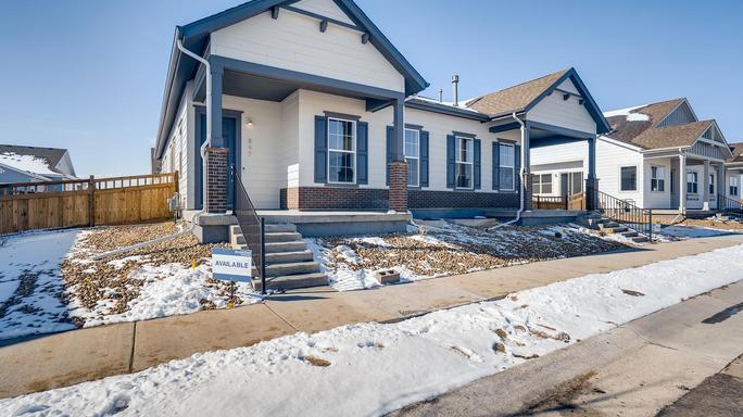 859 Colorado River Ave (Villa 2)