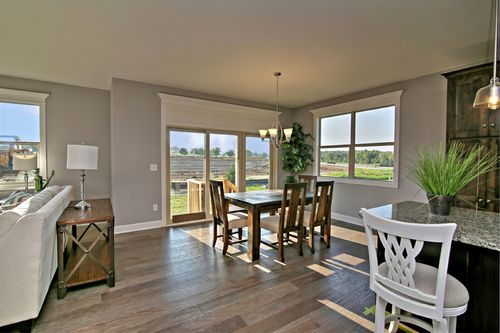 Dining-in-Harmony 4-at-Shoal Creek Valley- The Enclave-in-Kansas City