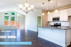 821 River Park Road (The Knowles)