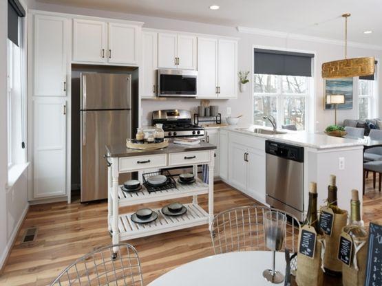 Redwood II - Kitchen