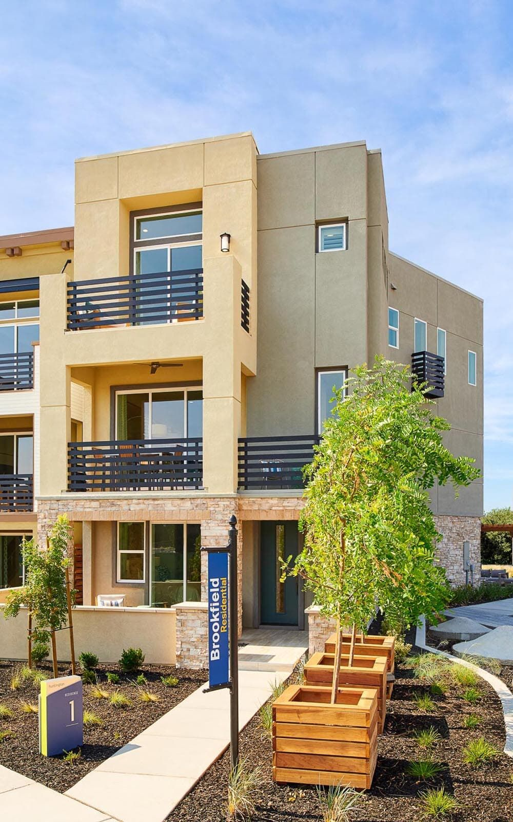 Exterior featured in the Residence 1 By Brookfield Residential  in Oakland-Alameda, CA