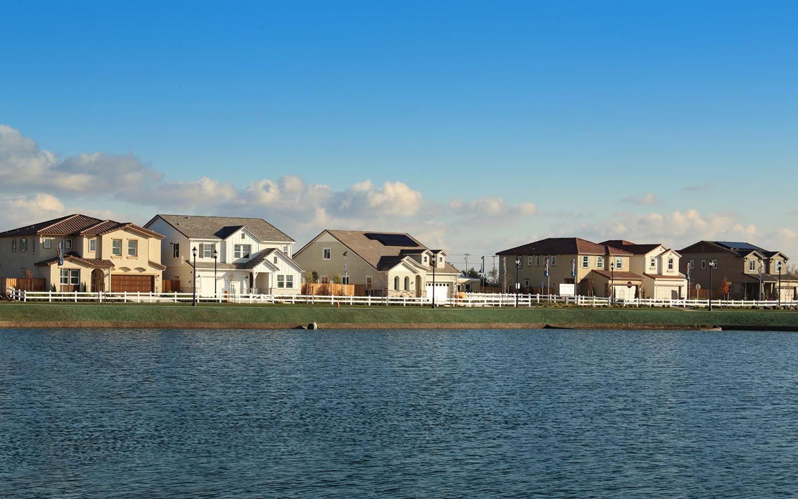 'Easton Neighborhood at Delaney Park' by Brookfield Residential-East Bay in Oakland-Alameda