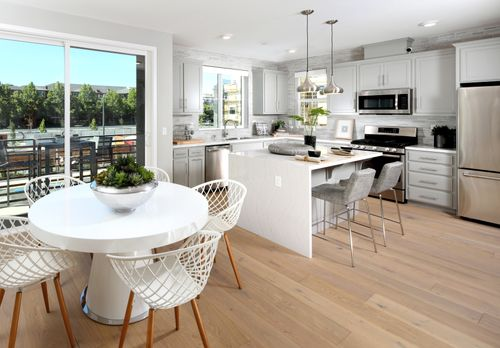 Greatroom-and-Dining-in-Residence 1-at-Wilshire at Boulevard-in-Dublin