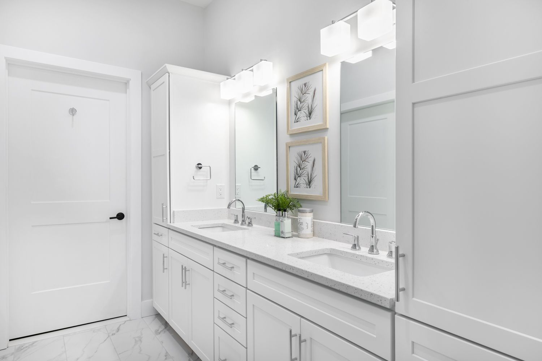 Bathroom featured in The Broadway B By McWilliams Ballard  in Washington, VA