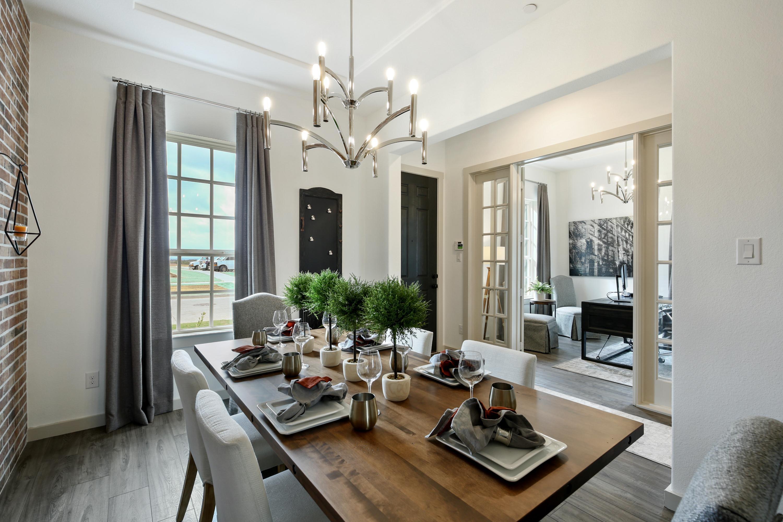 Eastbury - Colonial 6