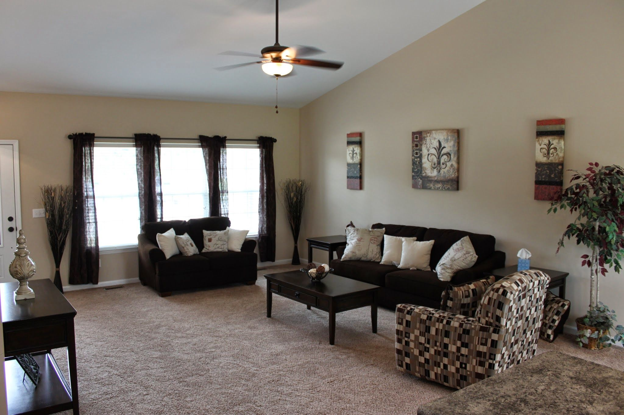 Living Area featured in The Oceanside By Cannon Builders, Inc.  in St. Louis, MO