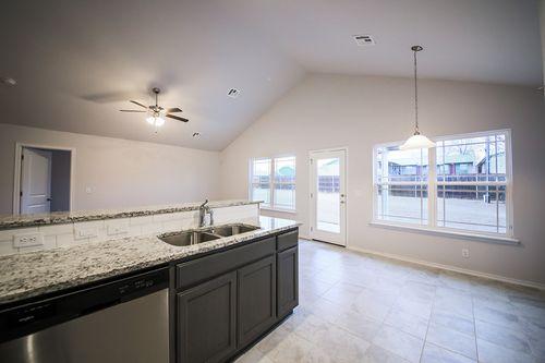 Kitchen-in-Belmont-at-Kendall-Whittier-in-Tulsa